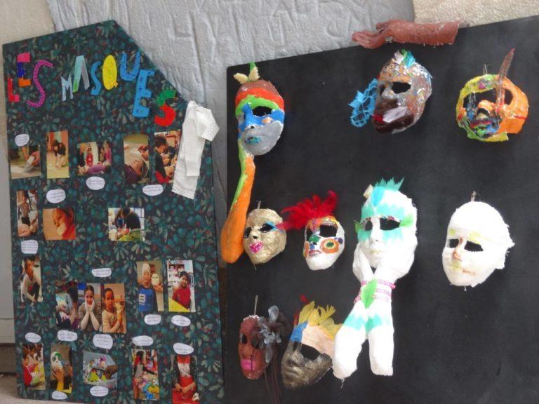 Panneau méthodologie du masque en plâtre et quelques exemples