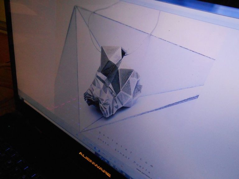 de l'origami avec du métal? mais? explique nous Stéphane on ne comprend pas.